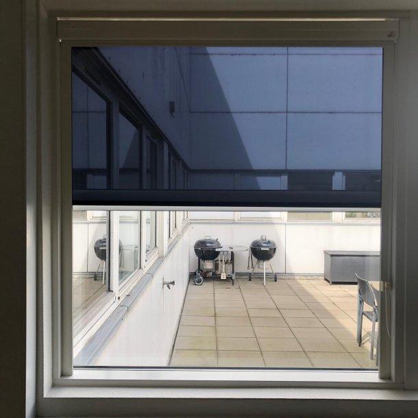 Sunflex solgardin til faste vinduer i lysning